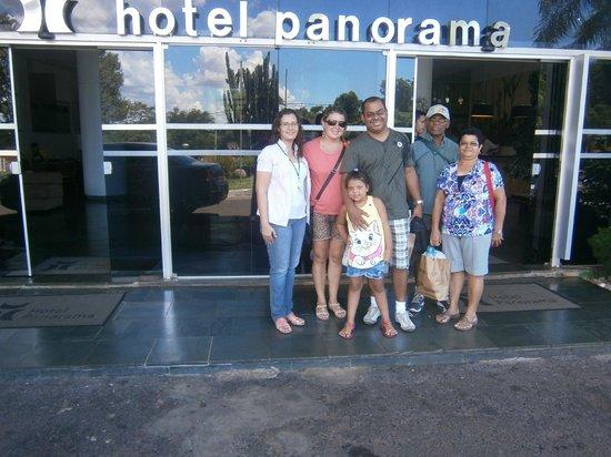 """Foz do Iguaçu: A Família com nossa amiga """"guia"""" Nilsa rsrsrs"""