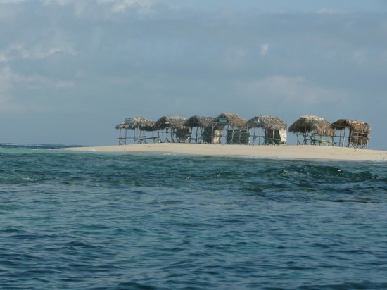 Marysol Tours: Paradise Island