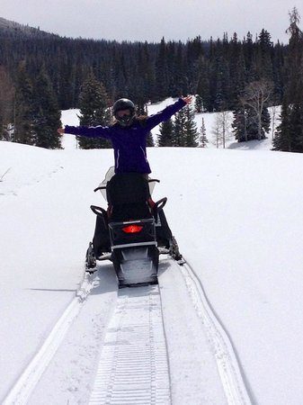 Uinta Recreation: On the trail with Uinta Rec snowmobiles!