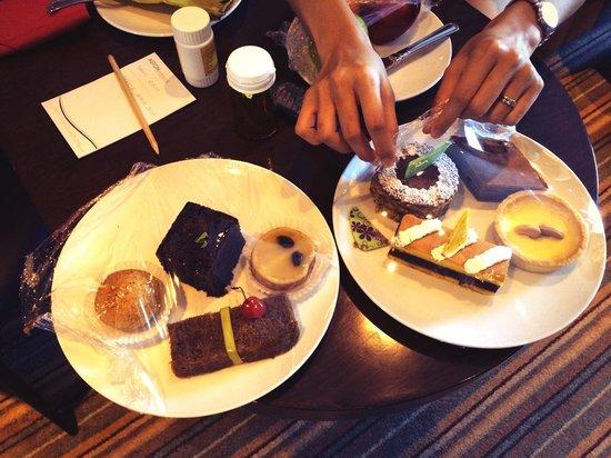 Aston Makassar Hotel & Convention Center : traditional taste