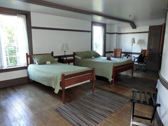 Shaker Village of Pleasant Hill - The Inn : #312