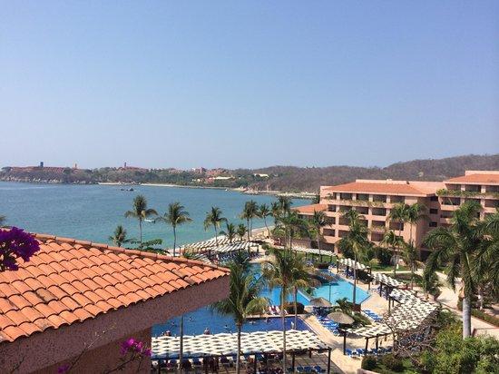 Barcelo Huatulco: Vista al mar de habitación premium, es PARCIAL Y COBRAN MAS
