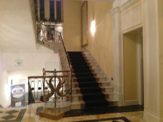 Victoria Jungfrau Grand Hotel & Spa: sala