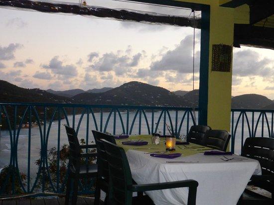 BananaKeet Cafe : View!