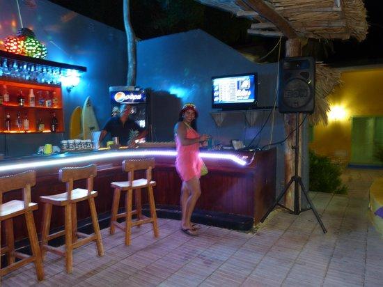 Posada Galapagos: Mi cuñada en la disco de la Posada