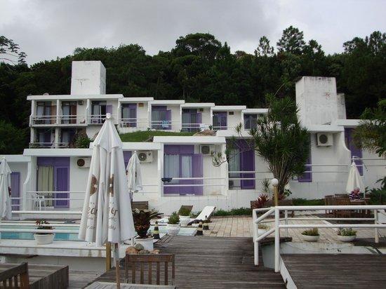 Pousada Belveder : Vista do deck da piscina