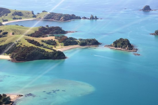 Salt Air Tours: islands from helicopter Bay of Islands