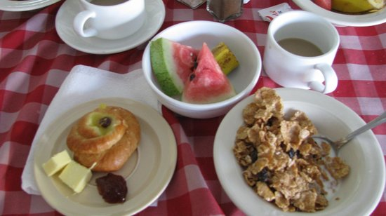 Rooms Ocho Rios: Le déjeuner. Absolument ridicule.