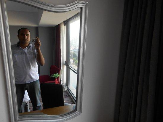 BelAire Bangkok: Room interior
