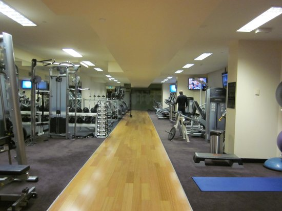 The Langham, Melbourne: gym