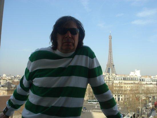 Hotel Splendid Tour Eiffel: room 307 view