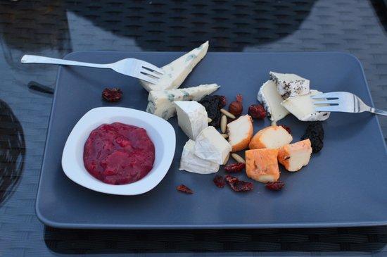 Sunset restaurant: Local cheese plate - very good