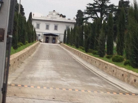 Villa Tolomei Hotel and Resort : Lovely entrance to hotel