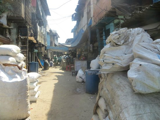 Be The Local Tours and Travel: Dharavi Street