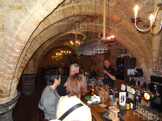 Le Trappiste: The vaulted ceilings make for aa superb atmosphere