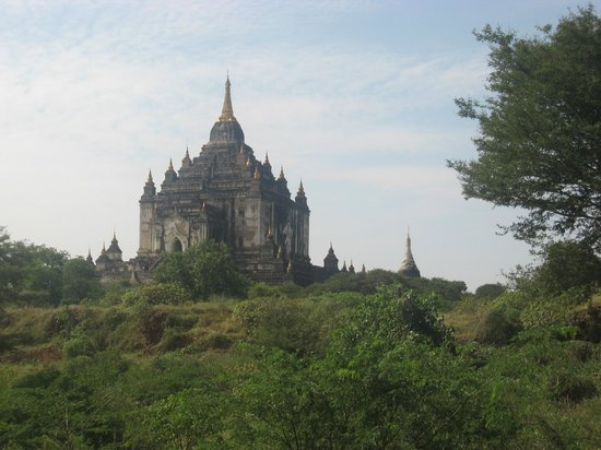 Thatbyinnyu Temple: Bagan's tallest temple, 63m high Thatbyinnyu.