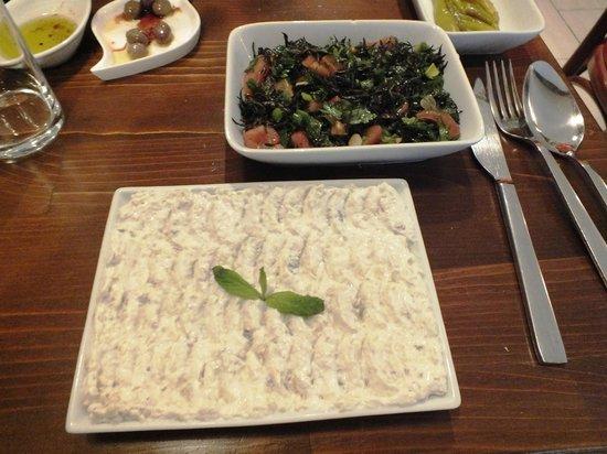 Varka Antakya Lezzetleri : Hummus and vegetables