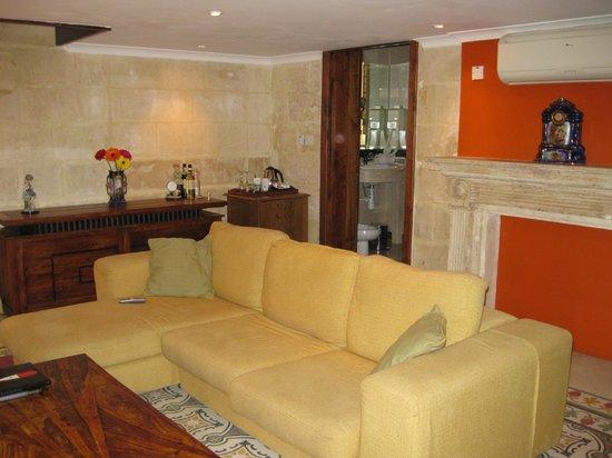 Palazzo Capua : living area