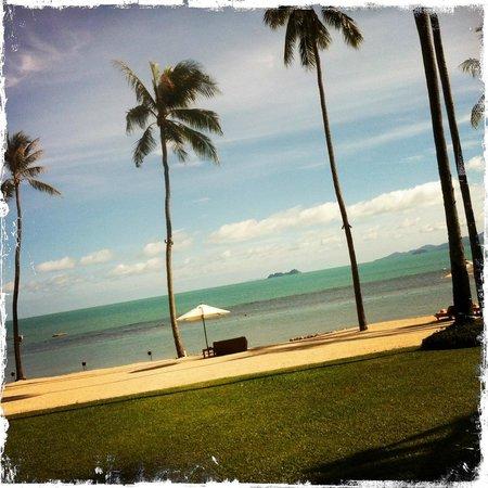 Belmond Napasai: Beach-ward