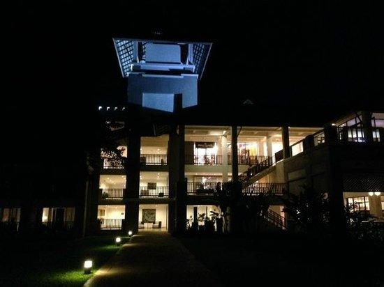 Le Meridien Chiang Rai Resort: Vista complesso centrale