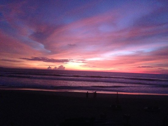 Padma Resort Legian: Fantastic Bali sunset.