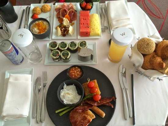 W Taipei: Enormous room service breakfast