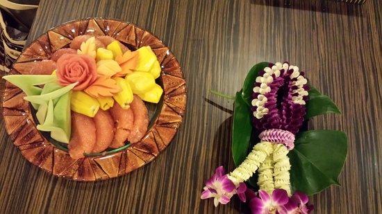 Grand Sukhumvit Hotel Bangkok: Arrival fruit platter