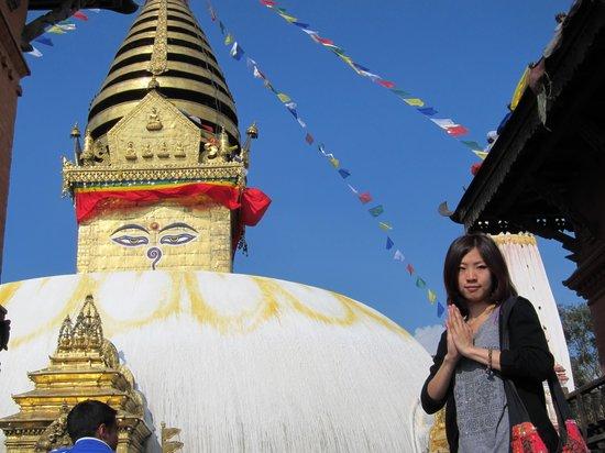 Life adventure Nepal Treks