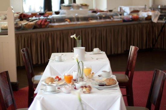 Novum Hotel Graf Moltke Hamburg: Buffet