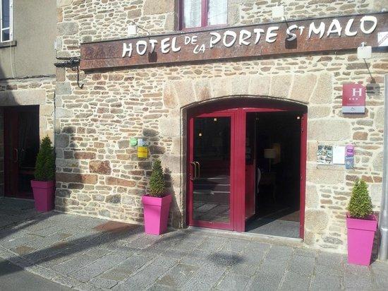 Hotel de la Porte Saint-Malo : Entrez dans un morceau d'histoire