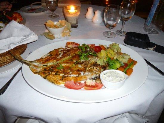 Old Harbour Hotel : grilled fish - superb
