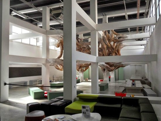 Installation in Palais de Tokyo