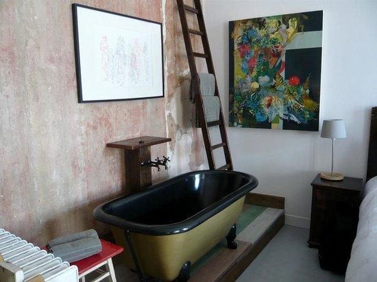 Brody House: Ludo room
