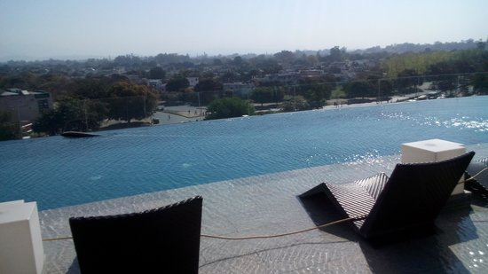 Little swimming pool picture of jw marriott hotel - Chandigarh hotel with swimming pool ...