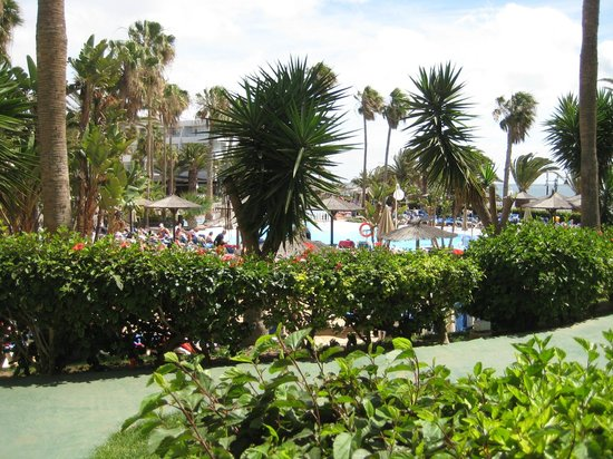 Sol Lanzarote All Inclusive : view stright in front from ground floor room