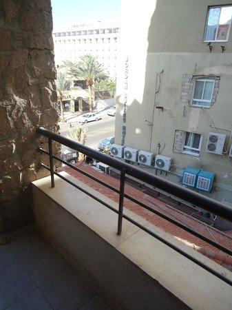 Days Hotel Aqaba: Vistas horrorosas