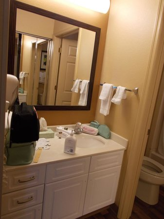 Extended Stay America - Orlando - Lake Buena Vista : sink and vanity area