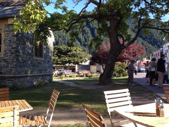 Enjoy a beautiful autumn day sitting outside Halo cafe.