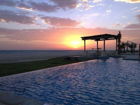 Anantara Sir Bani Yas Island Al Yamm Villa Resort: Sonnenaufgang