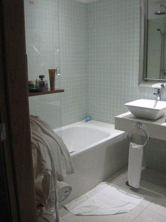 Melia Madeira Mare Resort & Spa : Room