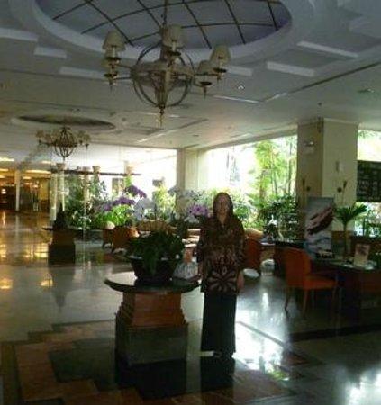 Novotel Yogyakarta : Lobby