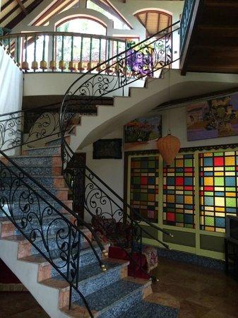 Tirta Asri Ubud : Entry foyer at Tirta Asri