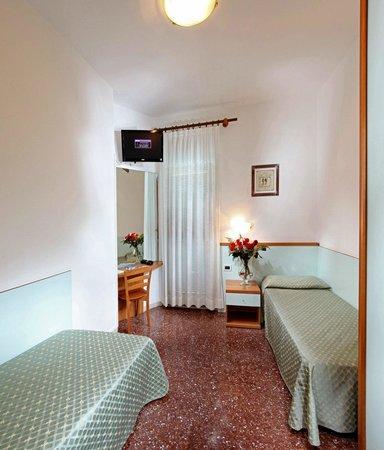 Hotel Mediterraneo: Camera Twin Standard