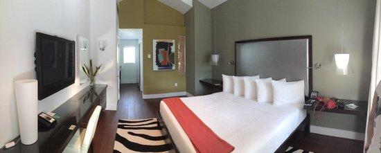 Truman Hotel: Quarto moderno e grande!