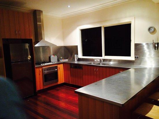 Lochiel Luxury Accommodation: Kitchen