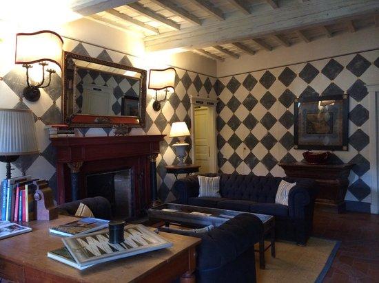 Villa Bordoni: Drawing Room