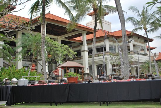 Hilton Bali Resort: another part of the grounds