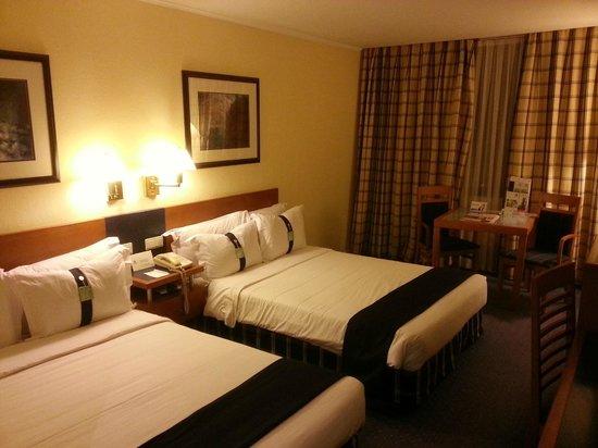 Holiday Inn Lisbon : Room