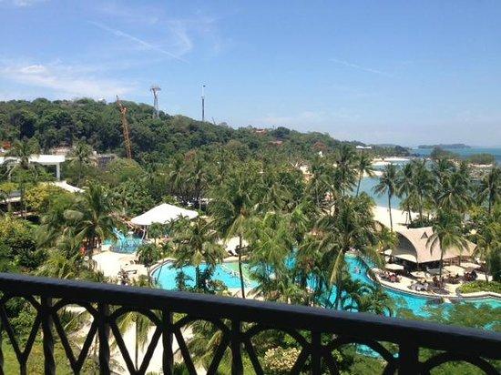 Shangri-La's Rasa Sentosa Resort & Spa : from our balcony