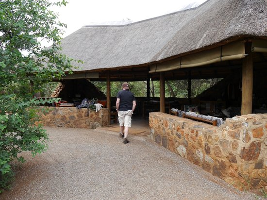 Mosetlha Bush Camp & Eco Lodge: Lounge area